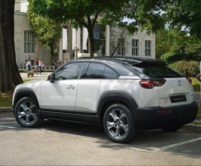 mazda hybrid cars image