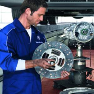 Book your next Mercedes-Benz Service with confidence at Laverton Mercedes-Benz Trucks with factory trained technicians.