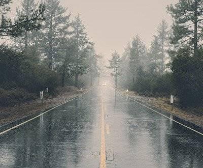 Rainy road image