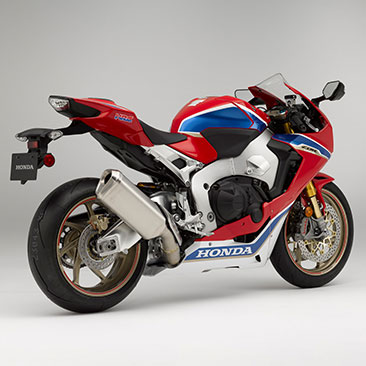 2017 CBR1000RR SP2 Feature 01