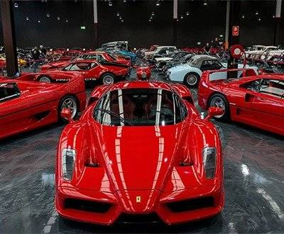 red Ferraris at the Gosford Classic Car museum  image