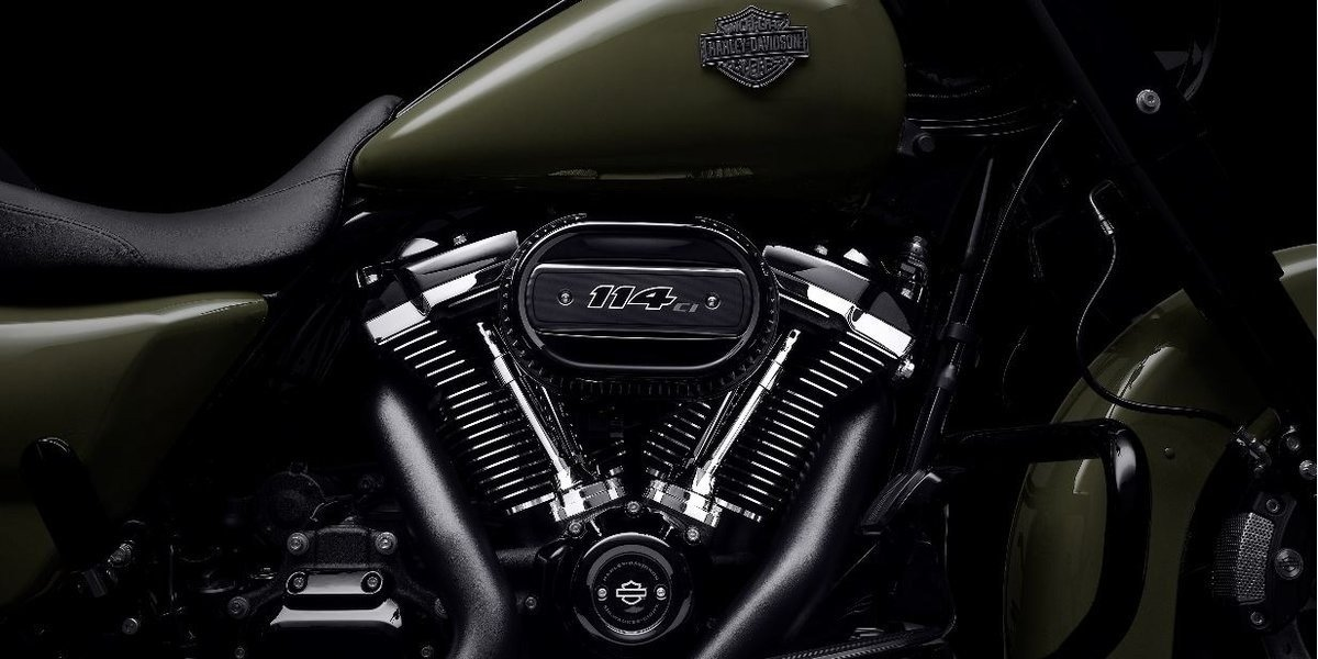 blog large image - Importance of Checking Your Harley Davidson® Air Cleaner