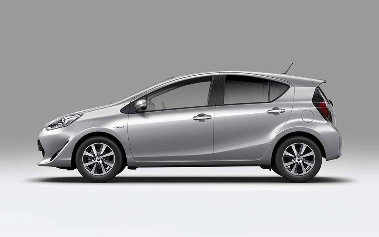 prius-c_features_design