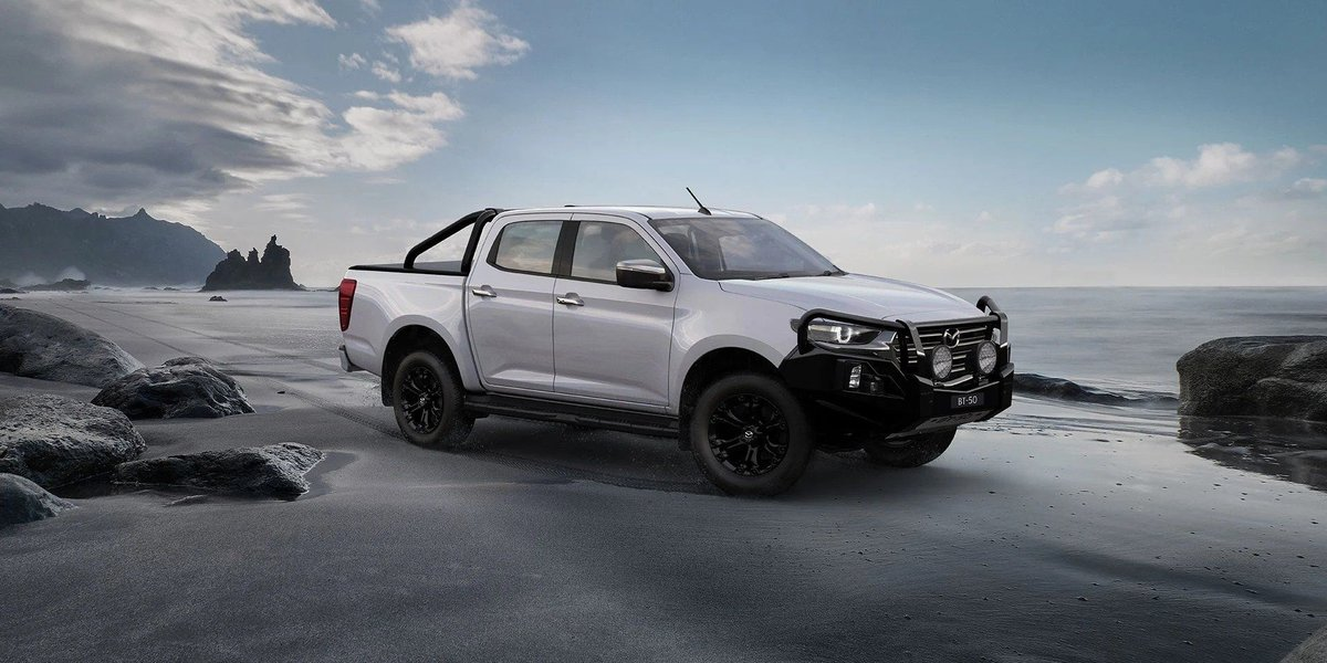 blog large image - Hitting the open road? Here are the best dual cab ute camping setups