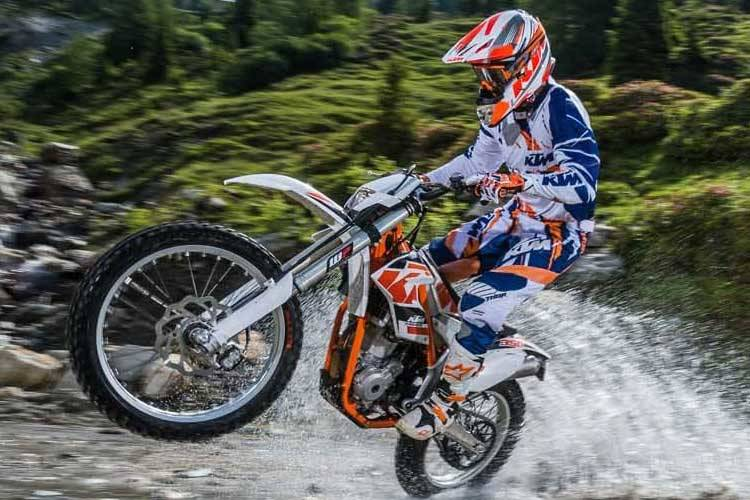 Let the team at Ultimate KTM Ipswich find the right finance deal to suit your motorcycle needs.
