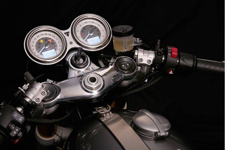 For all your genuine Triumph Parts, contact the team at TeamMoto Springwood Triumph.