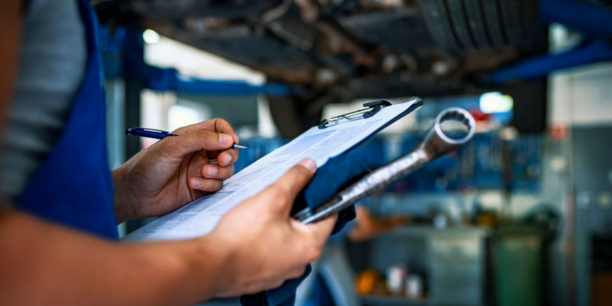 blog large image - Don't Book Your Next Car Service Without Seeing This Checklist
