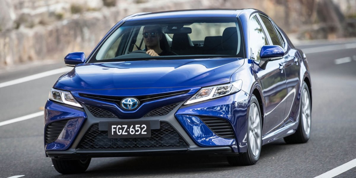 blog large image - Toyota Camry Hybrid Crowned Drive Car of the Year!