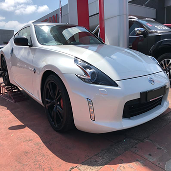 370z Black Package Small Image