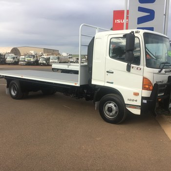 Used Hino FD 500 4x2 Tray Top Small Image
