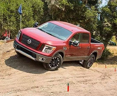 2017 Nissan Titan Pro-4X Review: The Pickup Truck Underdog We Can Learn to Love image