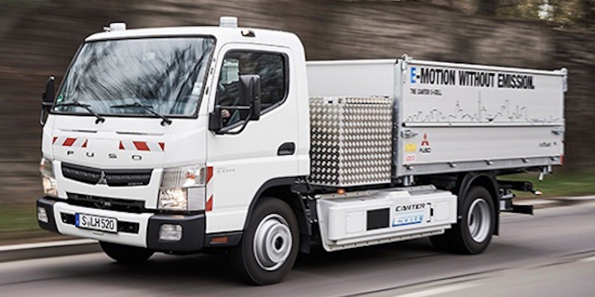 blog large image - Electric Fuso Canter E-Cell Fleet Starts Work in Germany