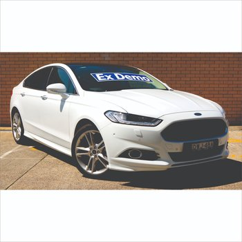 Demonstrator Frozen White – 2018 Ford Mondeo Titanium Hatch Automatic  Small Image
