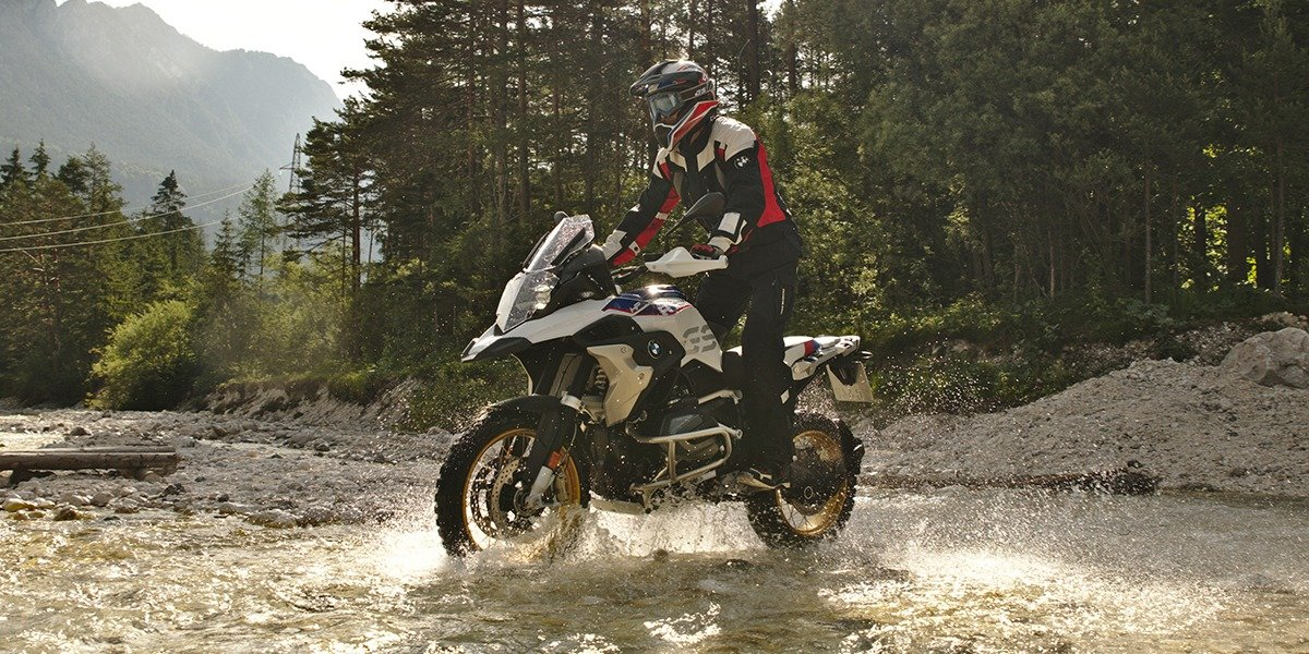 blog large image - OFF-ROAD ADVENTURE RIDER TRAINING WITH MILES DAVIS