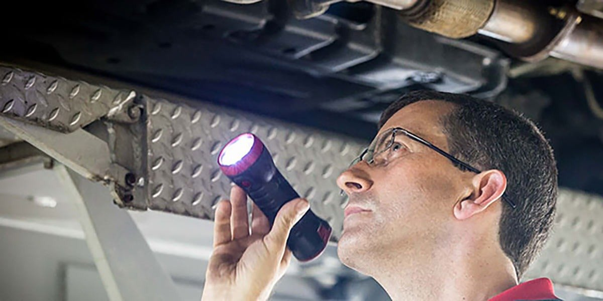 blog large image - What are the risks in delaying your Car Service