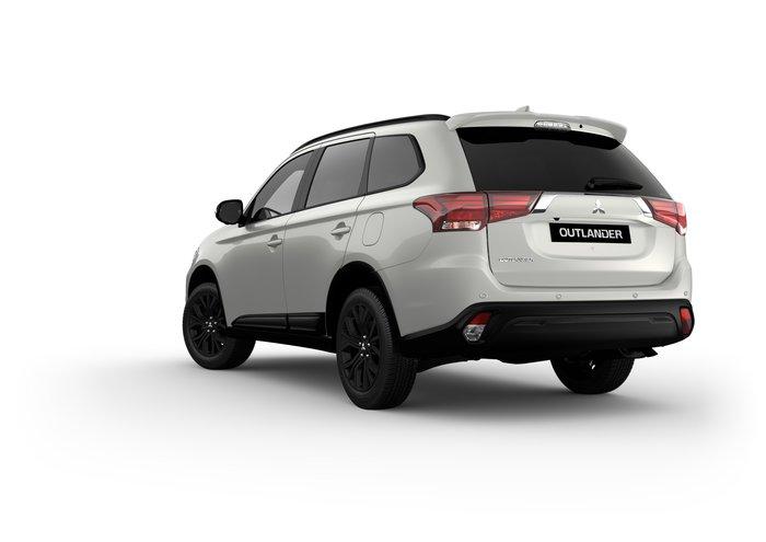 2020 OUTLANDER BLACK EDITION 7 SEAT (2WD)