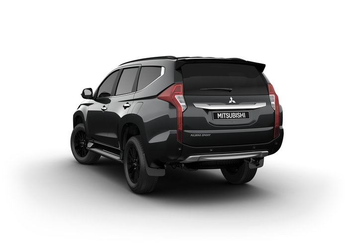 2019 Pajero Sport Black Edition