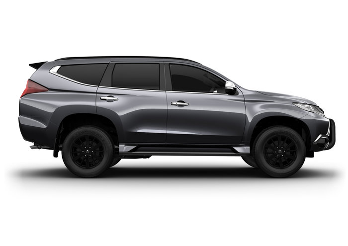 2018 Pajero Sport Black Edition SAM (4x4) 7 Seat