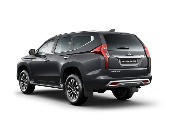 2019 QE Pajero Sport EXCEED 2.4L DSL 8A/T 7S