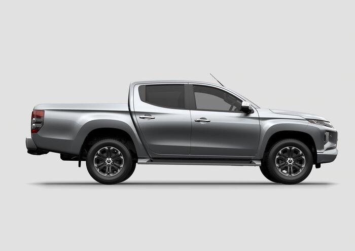 2017 Triton GLX Plus (4x4)