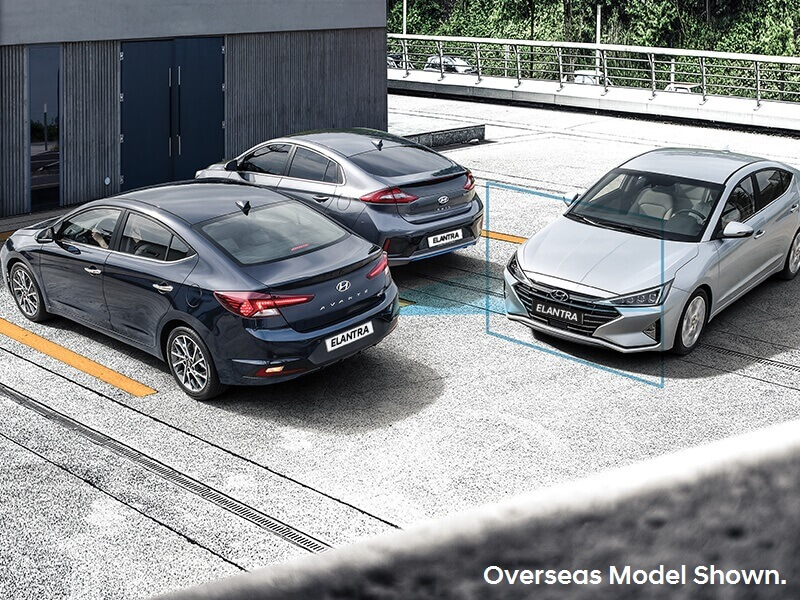Hyundai SmartSense™ advanced safety.