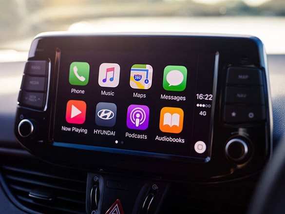 Apple Carplay™<sup>[P1]</sup> & Android™<sup>[P2]</sup> Auto.