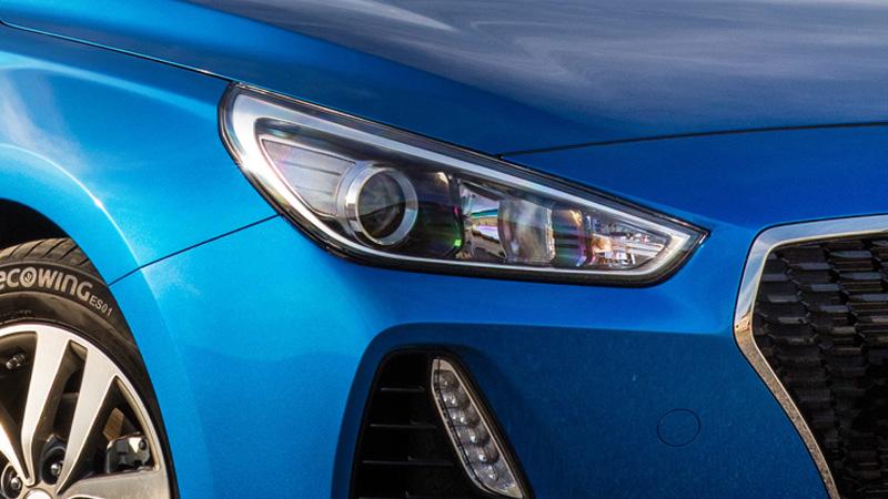 Auto Dusk Sensing Headlights.