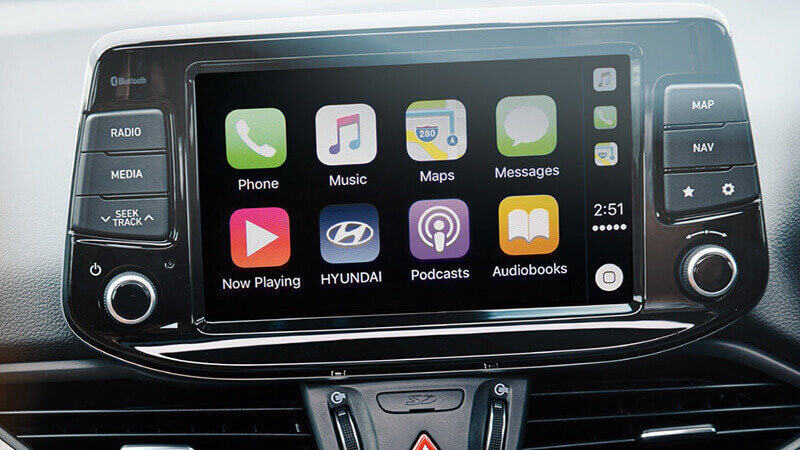 Apple CarPlay™ Android Auto.™