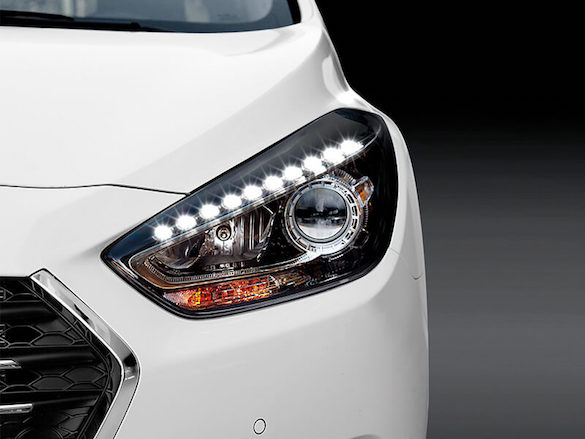 LED Daytime Running Lamps with dusk sensing headlamps.
