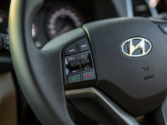 Steering wheel mounted audio and phone controls.