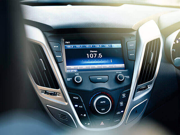 "7"" touchscreen."