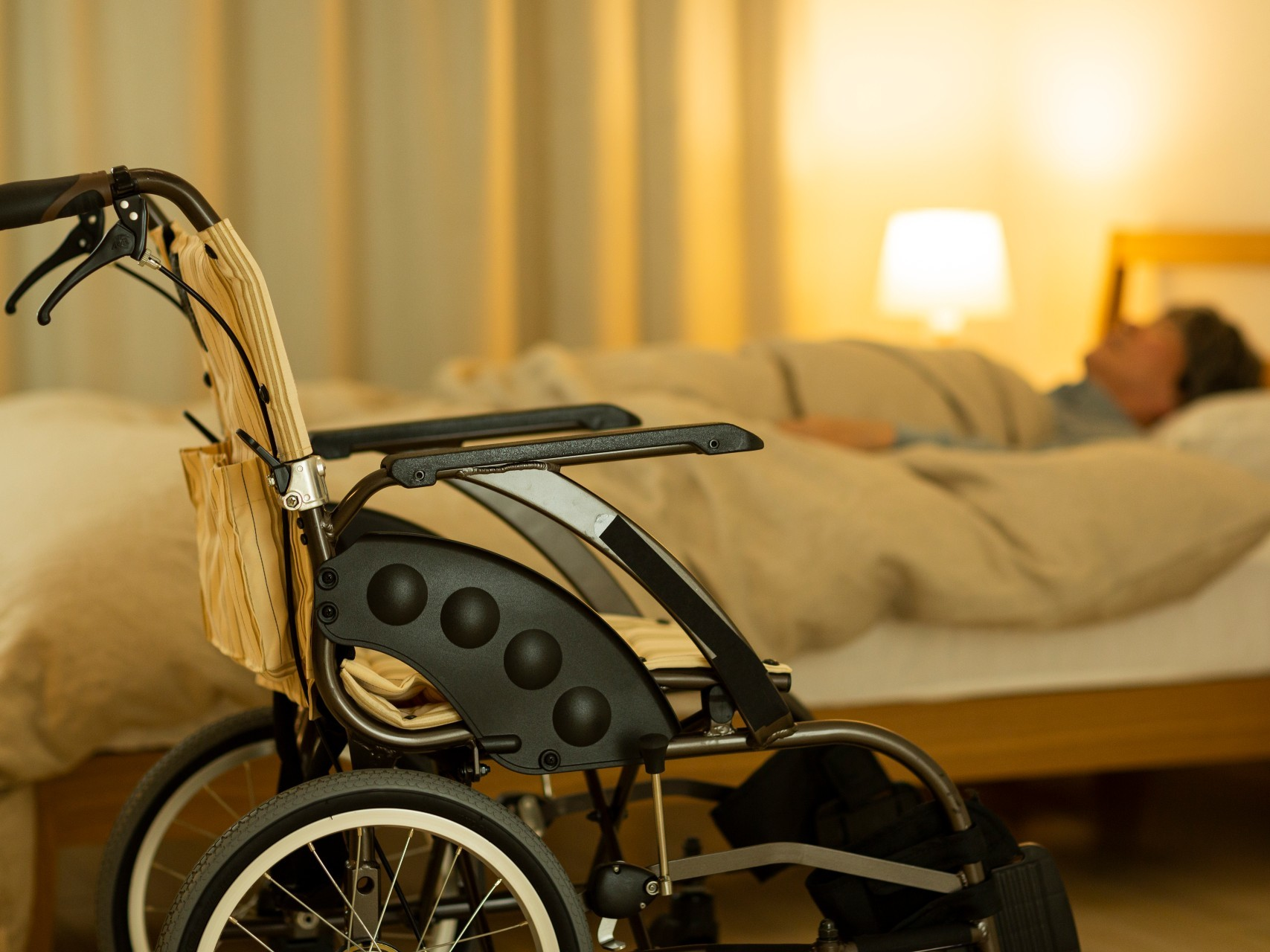 Older person in emergency respite care