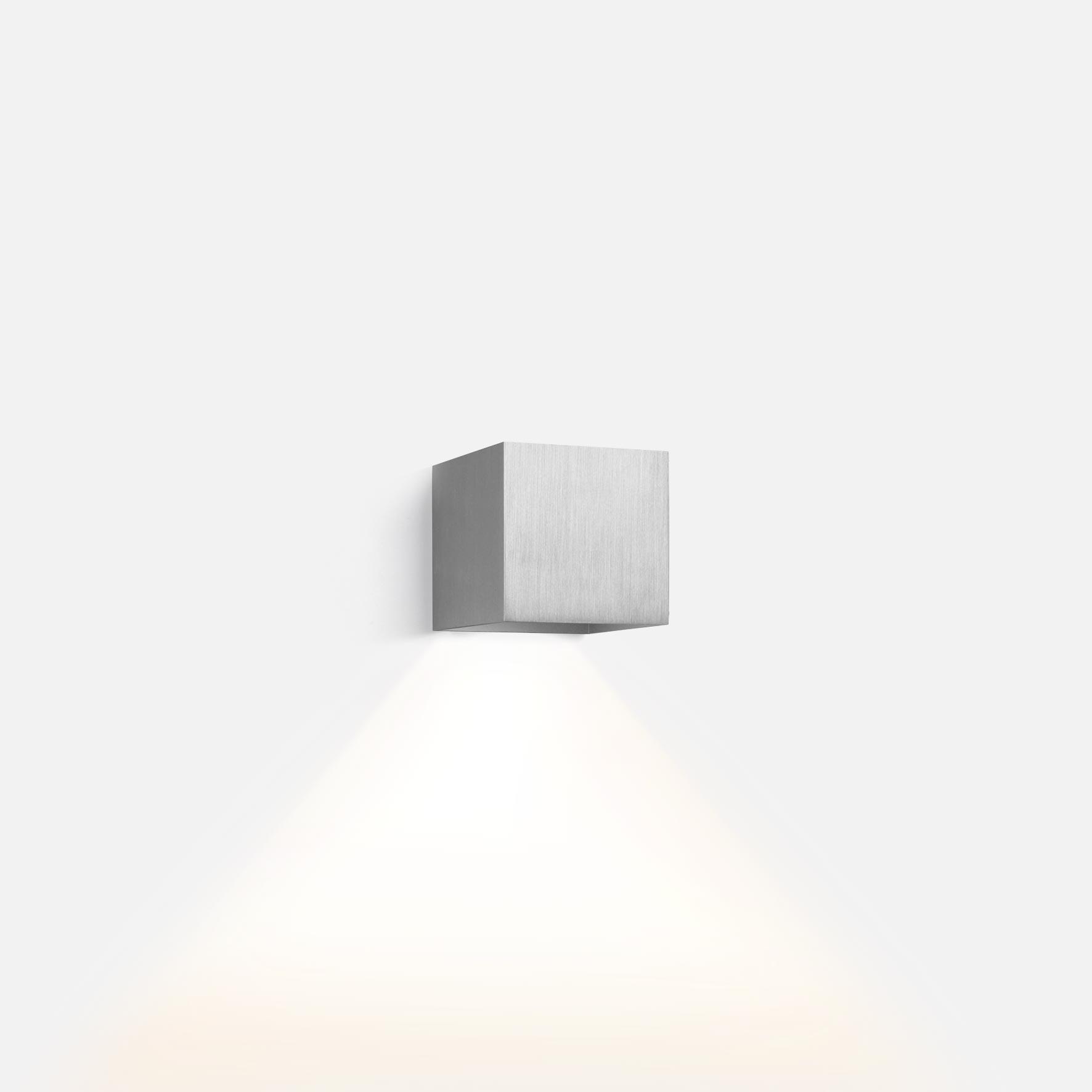 Box 1.0 led aluminium brushed 2200k