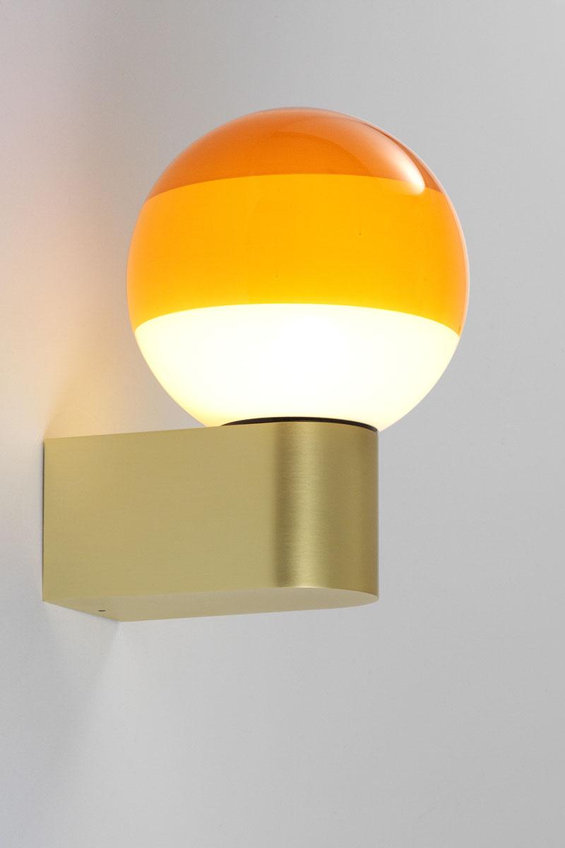 Dipping light wall 1