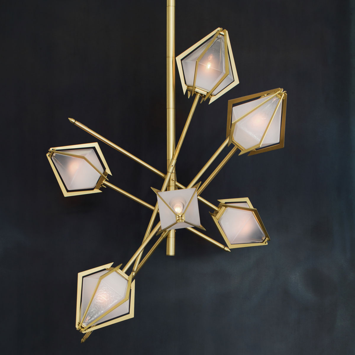 Gs harlow small chandelier hero