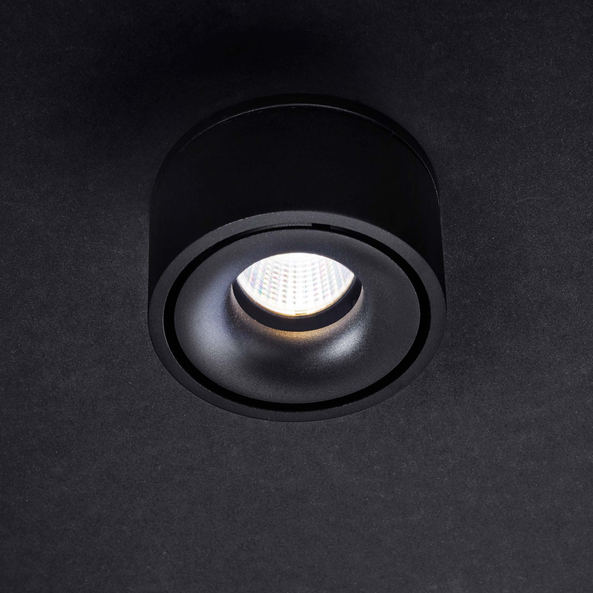 Snap semi recessed black 1