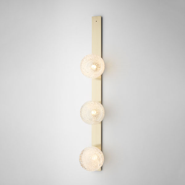 Thumb articolo lighting fizi wall sconce triple ball brass flat on