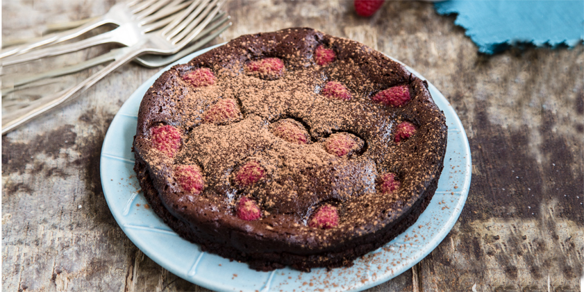 Flourless Berry Chocolate-Cake