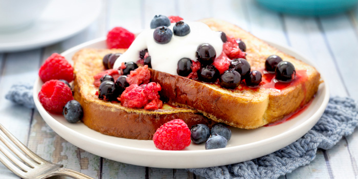 French Toast with Berries and Yoghurt