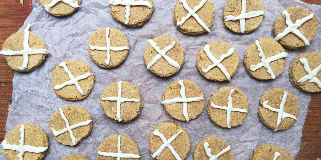 hot-cross-bun-cookies