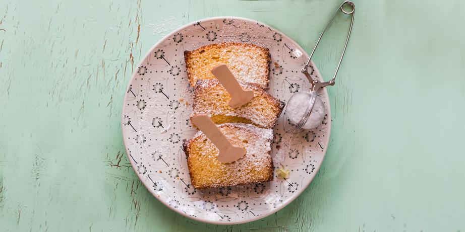 I Quit Sugar - Olive Oil, Rosemary + Yoghurt Cake recipe