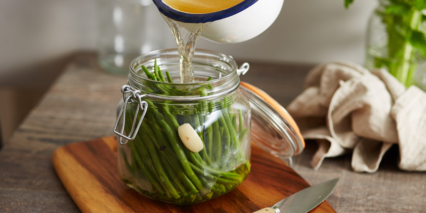 I Quit Sugar: Garlic Pickled Green Beans recipe