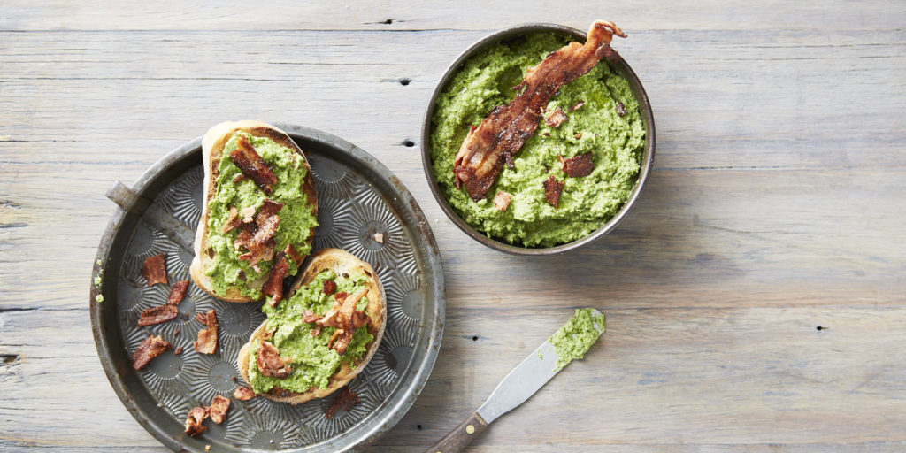 I Quit Sugar - Bacon + Green Pea Smash
