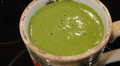 I Quit Sugar - Spinach + Fennel Smoothie