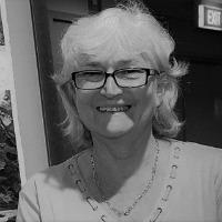 Helen Craig