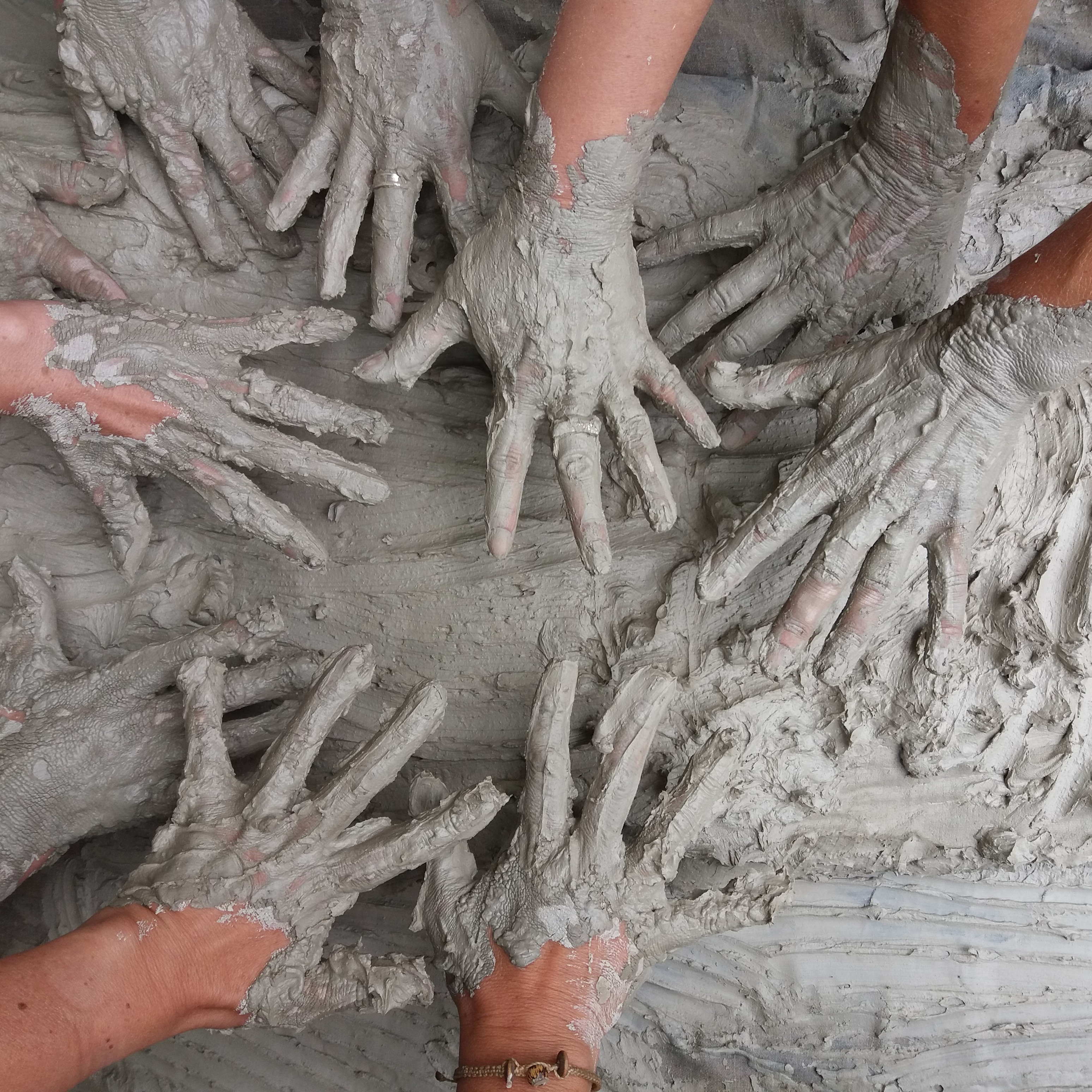 Vacation Care GET YOUR HANDS DIRTY!