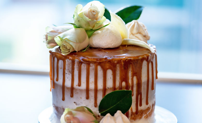 Cake Decorating - Drip Effect & Florals