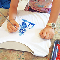 Design your own T-shirt with Rachel Carroll - Holiday Workshop