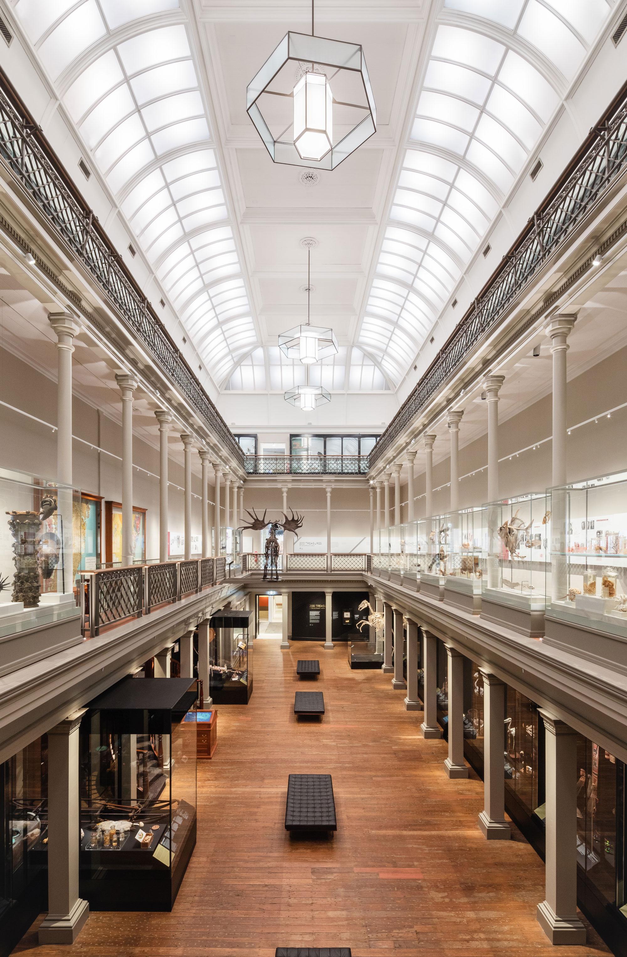 Australian museum long gallery 00001