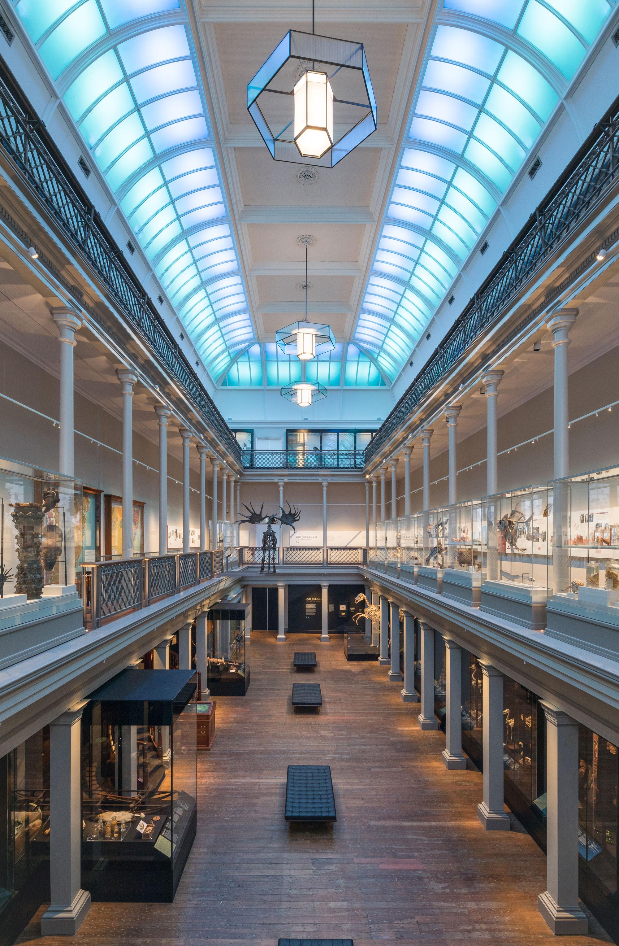 Australian museum long gallery 00004
